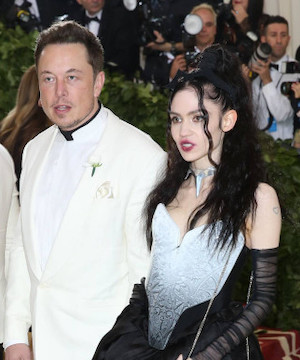 Grimes and Elon Musk alter name of newborn son to comply with California law.