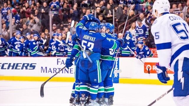 Canucks underdogs against defending-champion Blues: PlayNow - Sports