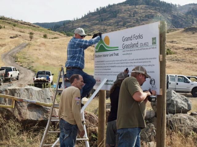 Volunteers clean up wildlife area near Grand Forks - Penticton News