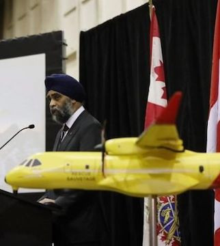 The Royal Canadian Air Force will fly its ancient search-and-rescue planes longer than expected.