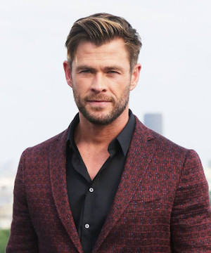 Chris Hemsworth to swim with sharks for new National Geographic special.
