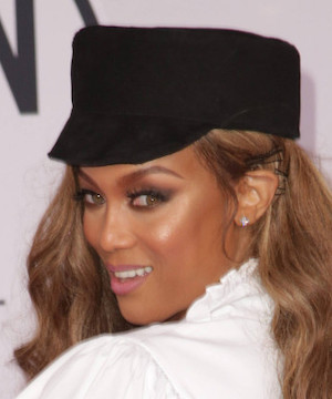 Tyra Banks sparks engagement rumours after stepping out with diamond on her finger.