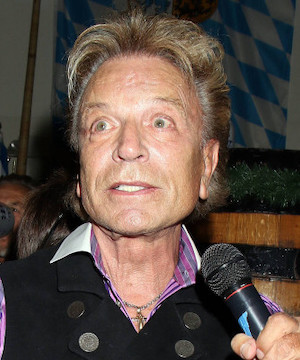 Beloved Las Vegas illusionist Siegfried Fischbacher dead at 81.