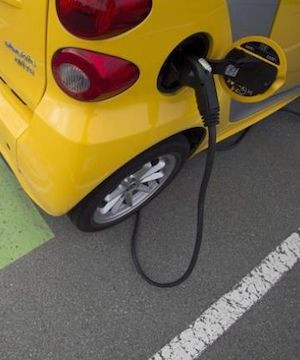 Should Canada mandate sales targets for electric vehicles?