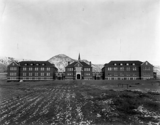 Calls for Ottawa to review settlement decisions for residential school survivors